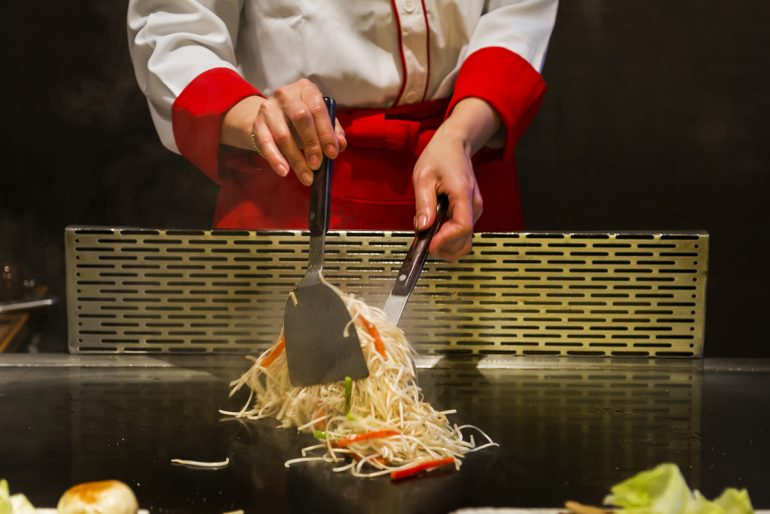 kobejones - Teppanyaki 101 The History, Ingredients and Performance of the Art of Teppanyaki