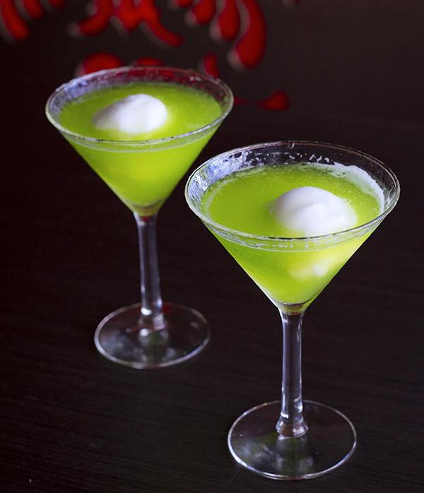ad76e7371 10 Must-Try Japanese-Inspired Cocktails - Kobe Jones